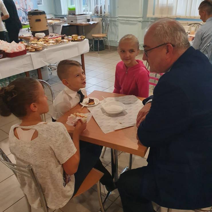 Maciej Berger z młodzieżą