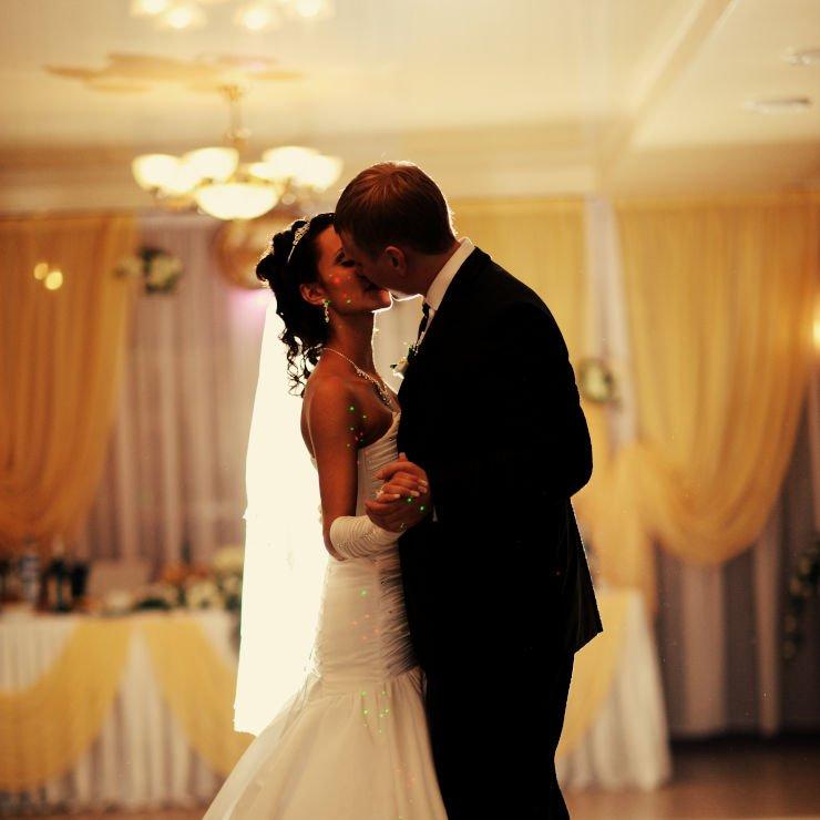 Układ taneczny na wesele - pierwszy taniec młodej pary